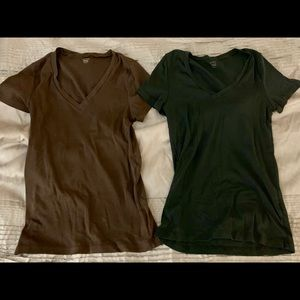 Tops - J Crew Fitted Tee (2), Medium, Black & Brown
